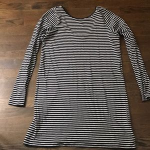 Long sleeve T-shirt dress with a scoop back
